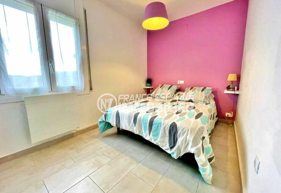 maison a vendre roses espagne, 2 chambres 71m², 2° chambre à coucher, lit double
