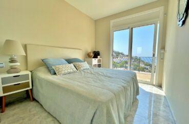 maison a vendre espagne, 3 chambres 124 m², première chambre douible avec terrasse à l'étage