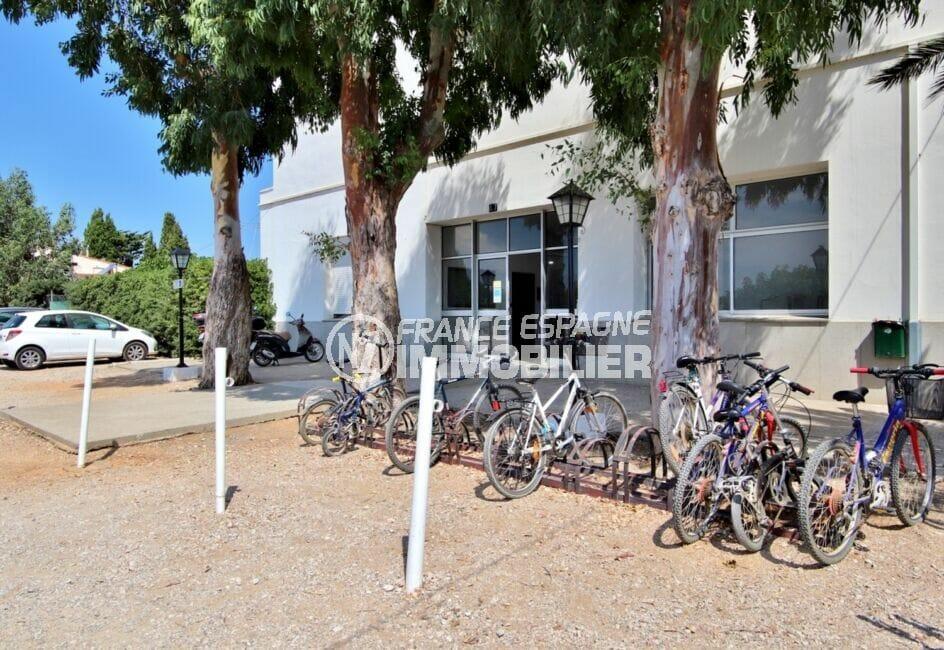 la costa brava: studio 27 m² avec emplacement pour le staionnement des vélos