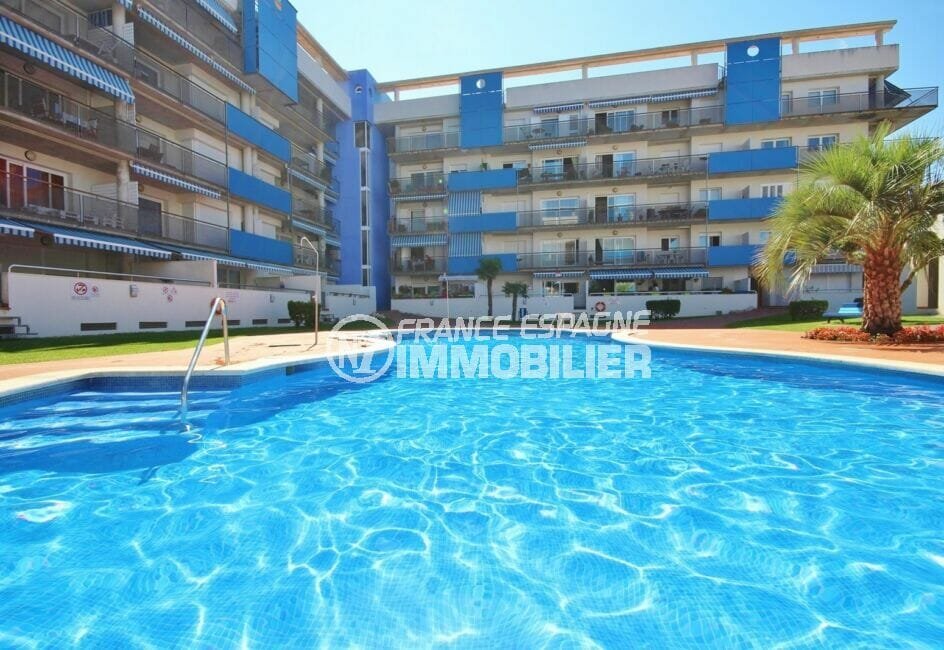 achat appartement roses, 3 pièces 68 m², résidence avec piscine communautaire