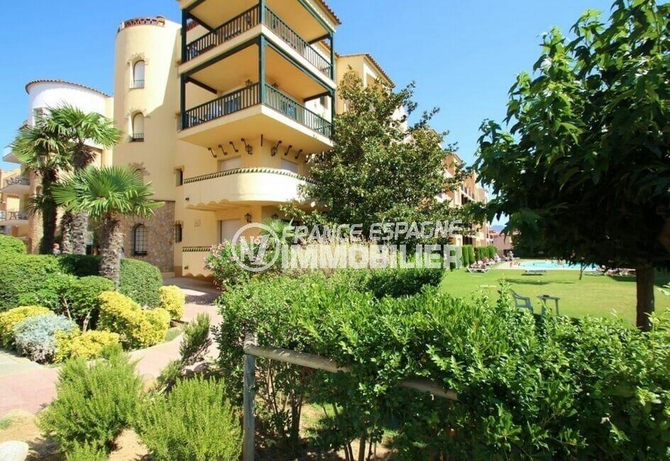 immobilier empuriabrava particulier: appartement 2 pièces 42 m², belle résidence avec verdure