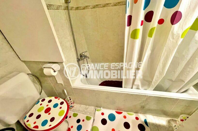 achat appartement rosas espagne, 2 pièces 59 m², salle de bain avec wc