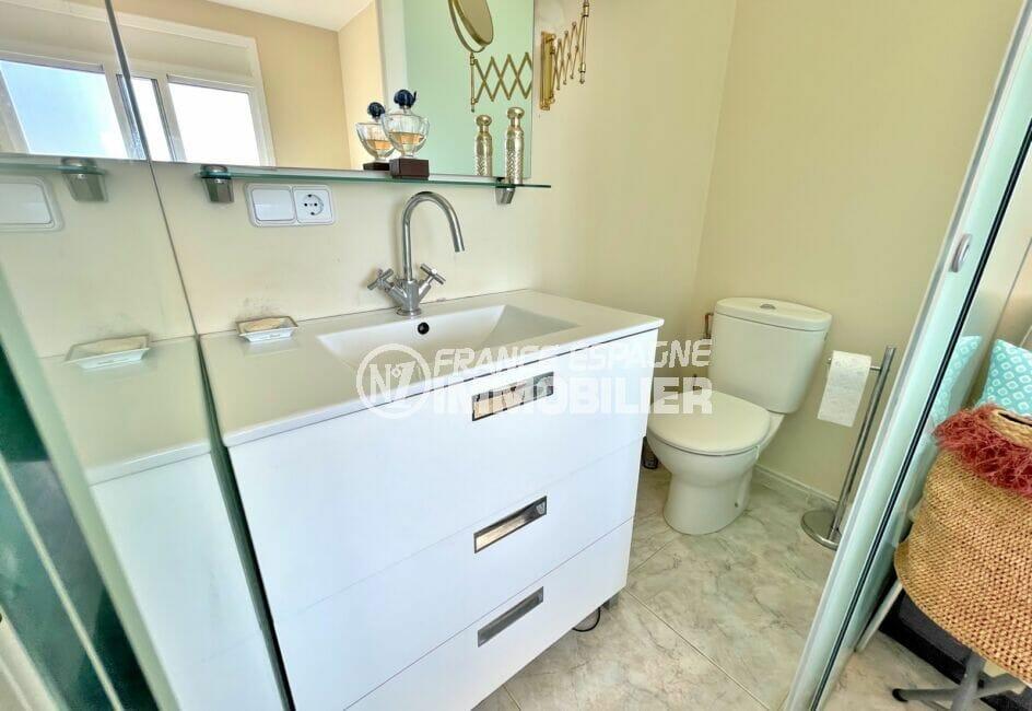 immocenter roses: villa 3 chambres 124 m², wc séparés et lave-mains