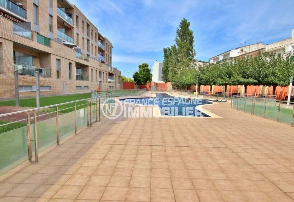 appartement empuriabrava à vendre, 2 chambres 71 m², piscine en commun