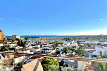vente appartement rosas, 2 chambres 54 m², terrasse de 10 m² avec vue sur mer, canal et les montagnes