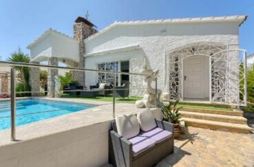 maison a vendre empuria brava, 3 chambres 121 m², terrain 397 m², 3 terrases, piscine, proche plage