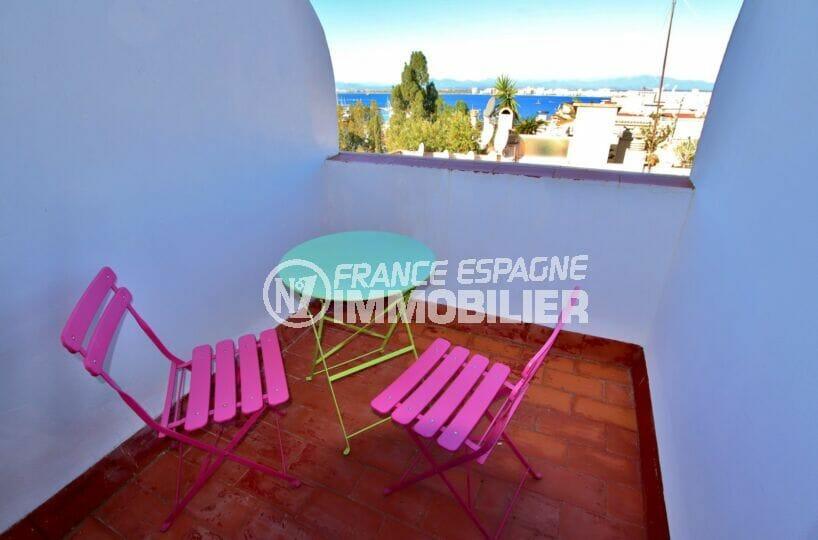immo roses: appartement 2 pièces 41 m² avec 2 terrasses vue montagne et montagnes, plage et port à 200 m