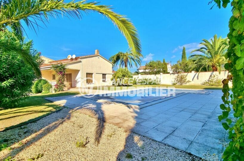 maison a vendre rosas, 3 chambres 112 m², piscine 8 m x 4 m automatisé au sel / douche extérieure / arrosage auto, proche plage