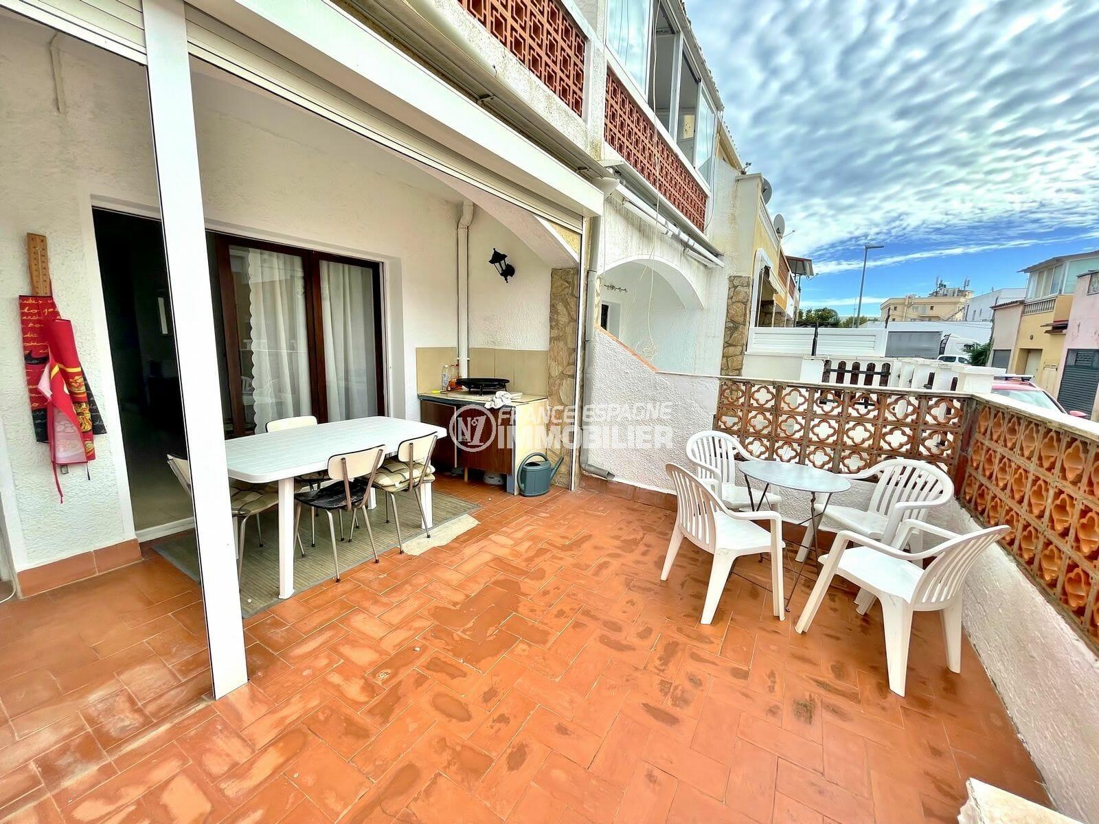 maison a vendre en espagne pas cher, 2 chambres 76 m², terrain de 83 m², 2 terrasses, 200 m de la plage