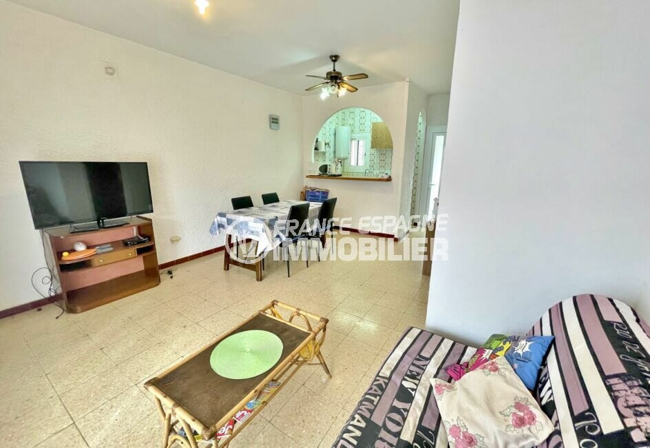maison empuriabrava, 2 chambres 76 m², salon / salle à manger avec cuisine américaine