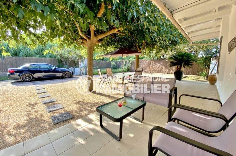 achat maison rosas espagne, 80 m² sur terrain 390 m², terrasse avec parking cour intérieure