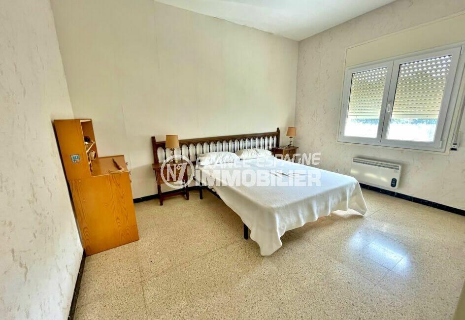 appartement à vendre à rosas espagne, 2 chambres 66 m², 1° chambre à coucher, lit doucle