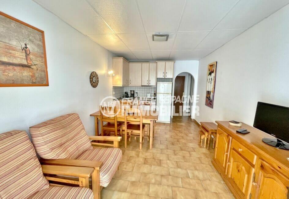 maison à vendre empuriabrava, 3 chambres 46 m², séjour avec son coin cuisine
