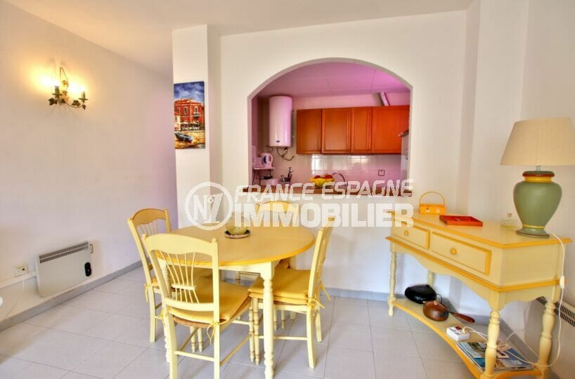 achat appartement rosas, 2 pièces 50 m², cuisine ouverte sur le salon / salle à manger