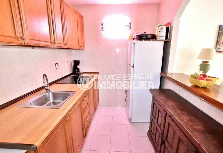 appartement à vendre rosas, 2 pièces 50 m², cuisine aménagée et équipée, nombreux rangements
