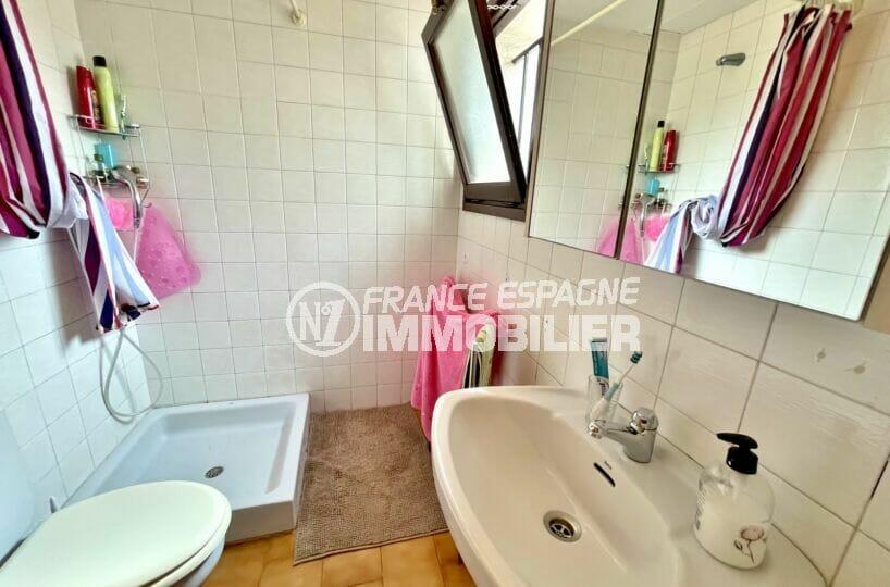 maison a vendre espagne bord de mer, 3 chambres 46 m², salle d'eau avec douche et wc