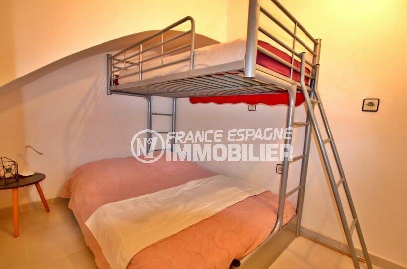 achat empuriabrava: villa 2 chambres 52 m², 2°chambre, lits superposés, simple et double
