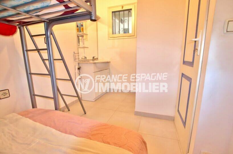 maison a vendre espagne bord de mer, 2 chambres 52 m², 2° chambre avec lavabo