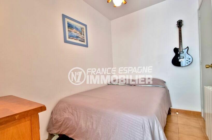 rosas immo: appartement 2 chambres 84 m², 2° chambre à coucher, lit double