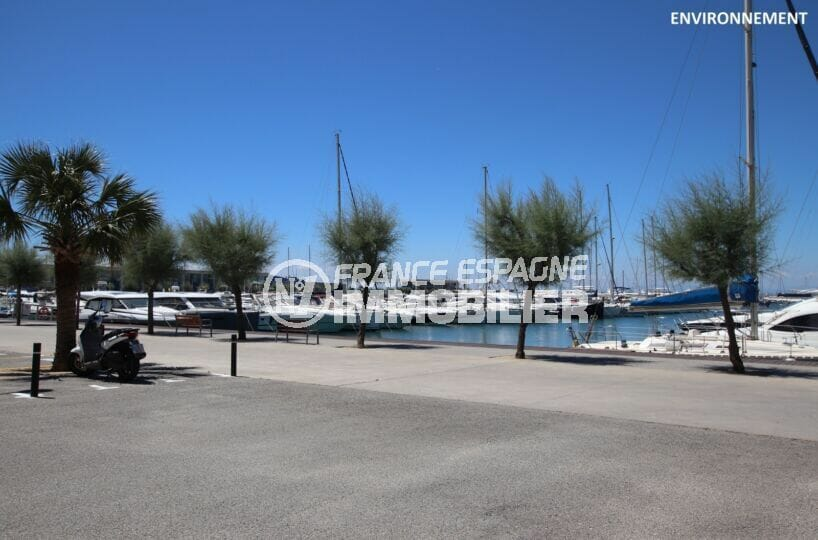 le port de plaisance de rosas peut accueillir plus de 450 embarcations de 6 m à 45 m