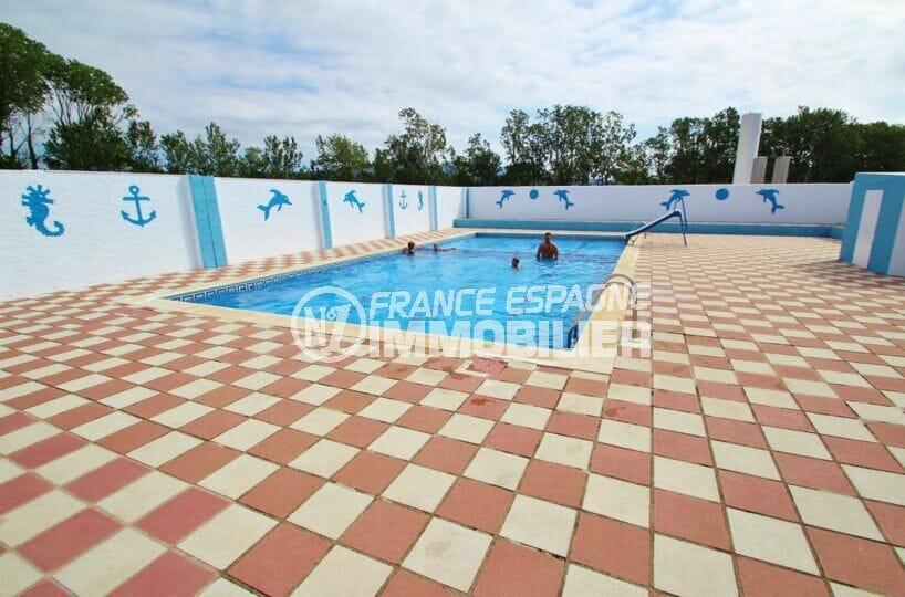 villa empuriabrava a vendre, 2 chambres 52 m², secteur calme avec piscine communautaire
