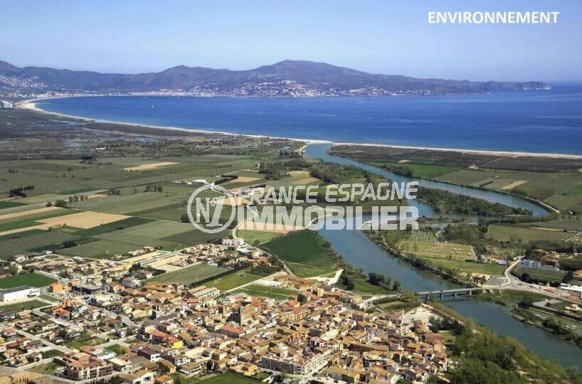 vilacolum, superbe vue panoramique sur la mer et les montagnes